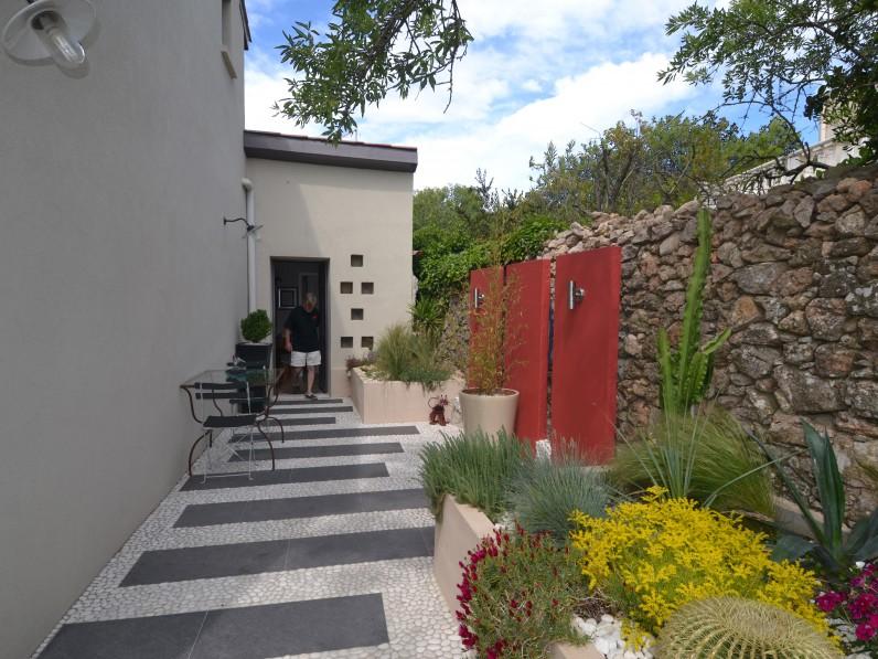 De long en large claude alcover for Entree jardin zen